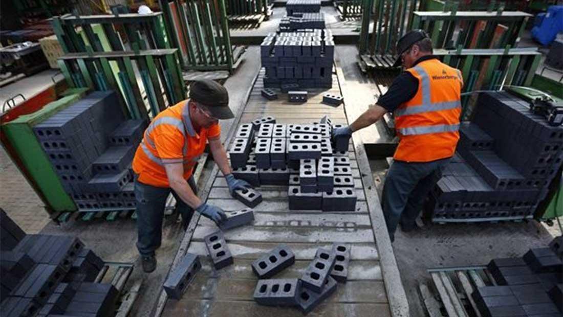 «Ανάσα» 5,5% για τη βιομηχανική παραγωγή το Μάρτιο